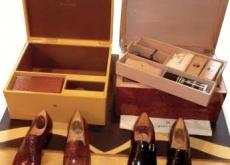L'entretien courant des chaussures : crème, cirage et embauchoir