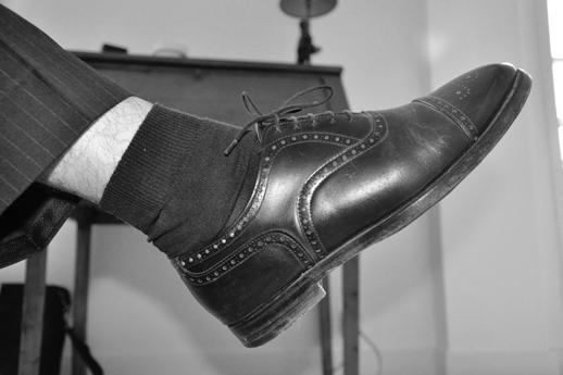L'inélégance des chaussettes basses ou semi-montantes...