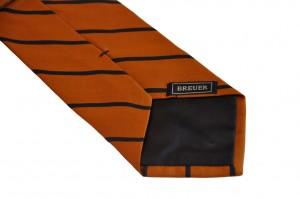 Une cravate club Breuer