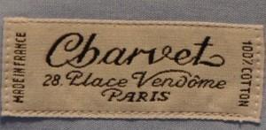 L'étiquette d'une chemise Charvet