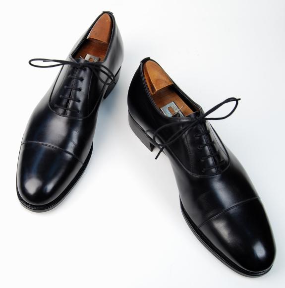Un glacage sur des chaussures Edward Green
