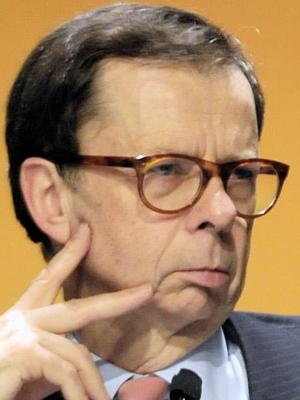 Les lunettes d'écaille du sémillant Louis Schweitzer