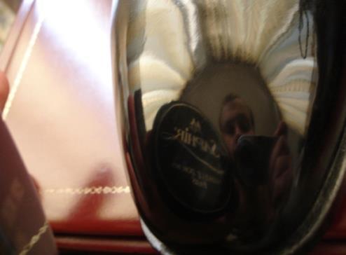 Un beau glacage miroir avec une pate de cirage saphir
