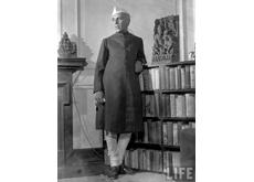 Jawaharlal Nehru photographié pour le magazine LIFE